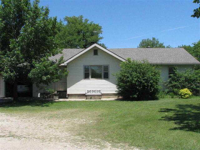 8945 SE Teter Rd, Leon, KS 67074 (MLS #568806) :: Pinnacle Realty Group