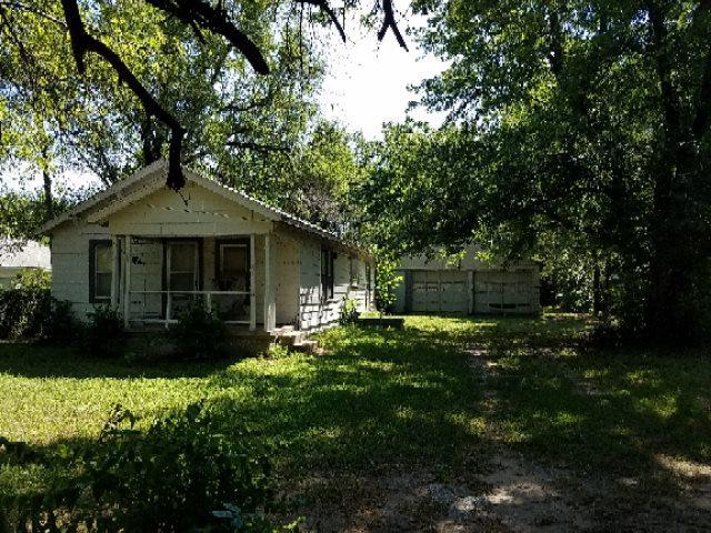 5942 N Seneca, Wichita, KS 67204 (MLS #570282) :: Lange Real Estate