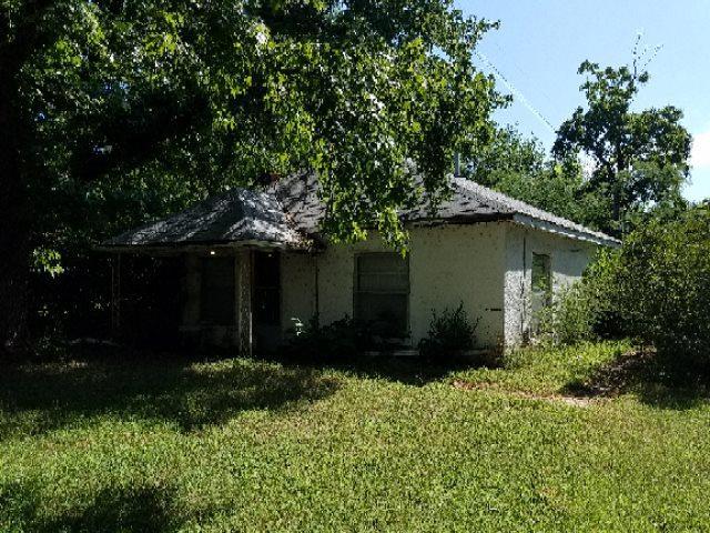 5944 N Seneca, Wichita, KS 67204 (MLS #570286) :: Lange Real Estate