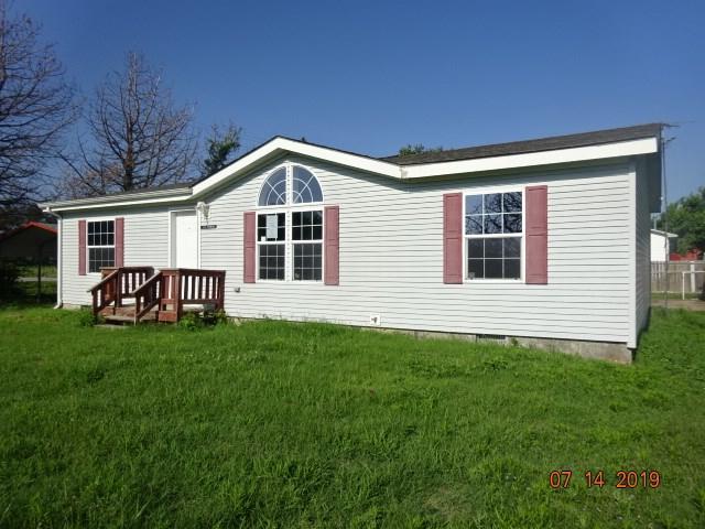229 S Raymond Dr, Bentley, KS 67016 (MLS #570510) :: Lange Real Estate