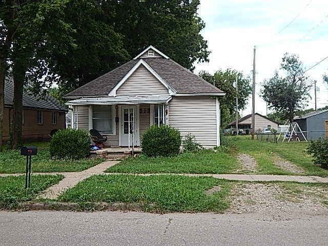 513 Harter St, Winfield, KS 67156 (MLS #570892) :: Pinnacle Realty Group
