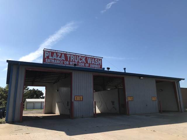 517 Plaza Blvd, Hesston, KS 67062 (MLS #572280) :: On The Move