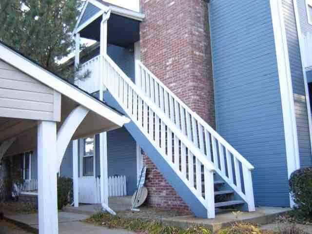 1717 S Cypress St Unit 1511, Wichita, KS 67207 (MLS #572317) :: Pinnacle Realty Group