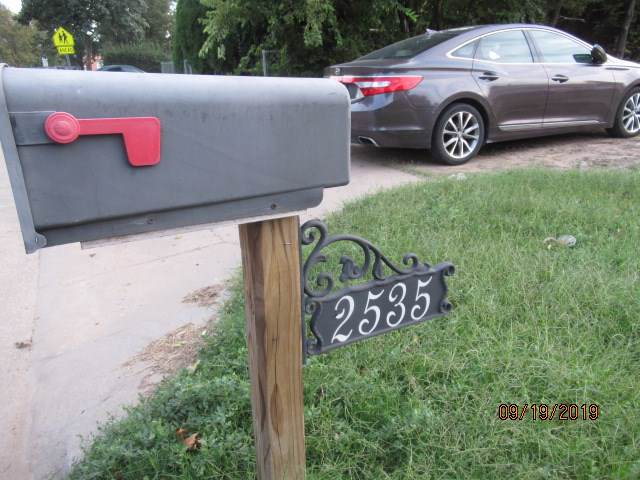 2535 S Pattie, Wichita, KS 67216 (MLS #572449) :: Lange Real Estate