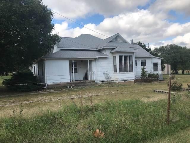3130 N 8th St, Arkansas City, KS 67005 (MLS #572566) :: Lange Real Estate
