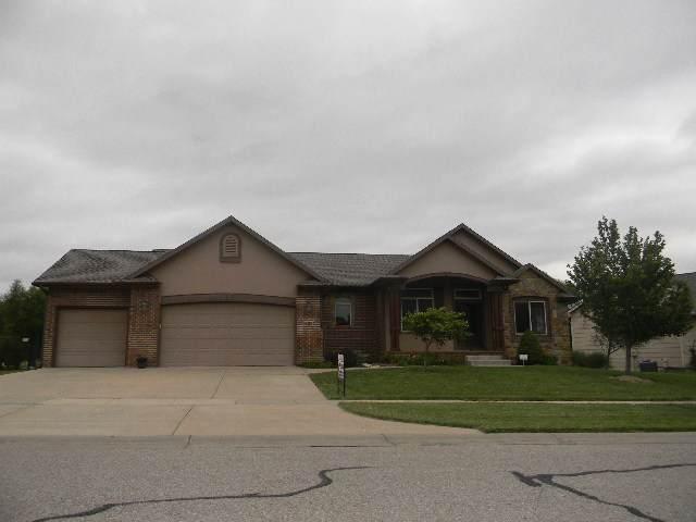 401 S Fawnwood, Wichita, KS 67235 (MLS #572740) :: On The Move