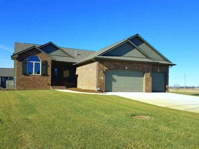 4863 N Emerald Ct, Maize, KS 67101 (MLS #573273) :: Lange Real Estate