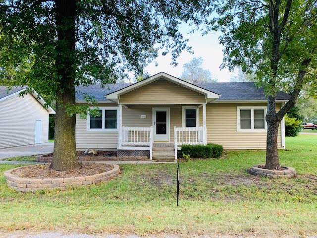 206 W Thomas St, Rose Hill, KS 67133 (MLS #573424) :: On The Move