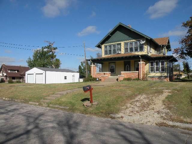 612 E Third St., Eureka, KS 67045 (MLS #573469) :: On The Move
