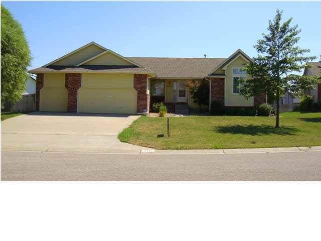2415 Regency Lakes Ct., Wichita, KS 67226 (MLS #573567) :: Lange Real Estate