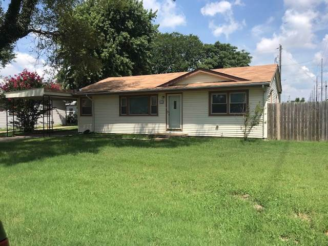 1100 Robert, Wichita, KS 67217 (MLS #573607) :: On The Move