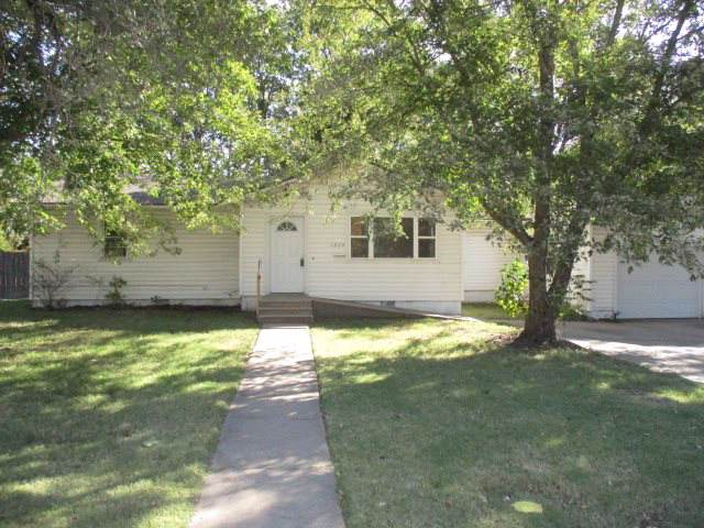 1220 Money St, Augusta, KS 67010 (MLS #574195) :: On The Move