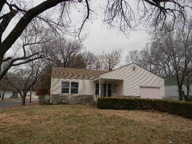 1027 Prairie Park Rd, Wichita, KS 67218 (MLS #575384) :: Lange Real Estate