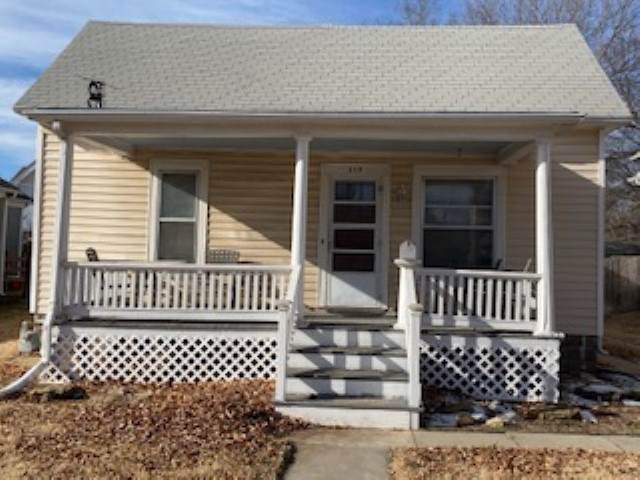219 Allison Street, Newton, KS 67114 (MLS #575801) :: Lange Real Estate