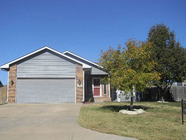 724 Hedgewood, Andover, KS 67002 (MLS #576003) :: On The Move