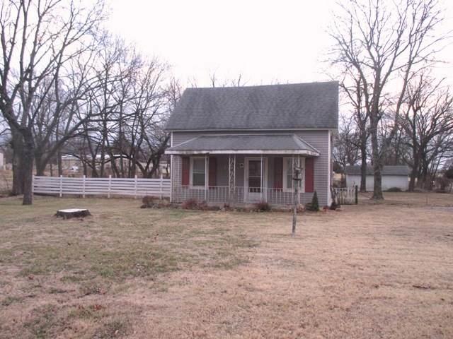 707 E Monroe, Howard, KS 67349 (MLS #576049) :: Lange Real Estate