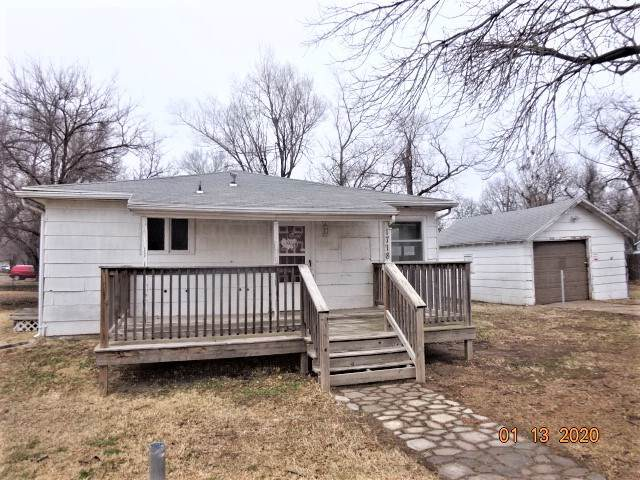 1718 W Dooley St, Wichita, KS 67213 (MLS #576791) :: On The Move