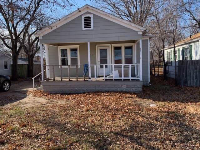 1737 S Laura St., Wichita, KS 67211 (MLS #577109) :: Lange Real Estate