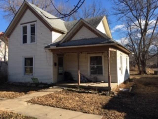 622 Santa Fe, Augusta, KS 67010 (MLS #577400) :: On The Move
