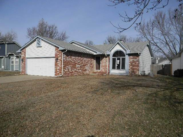 10812 W Shade, Wichita, KS 67212 (MLS #577707) :: On The Move