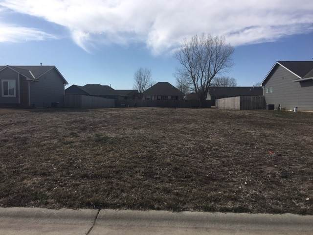 1412 S Main, Halstead, KS 67056 (MLS #578158) :: Preister and Partners | Keller Williams Hometown Partners