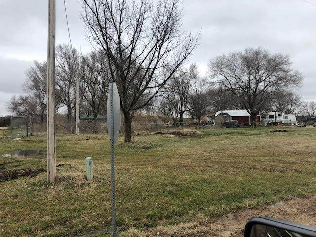 11220 S 143rd, Mulvane, KS 67110 (MLS #578356) :: Pinnacle Realty Group