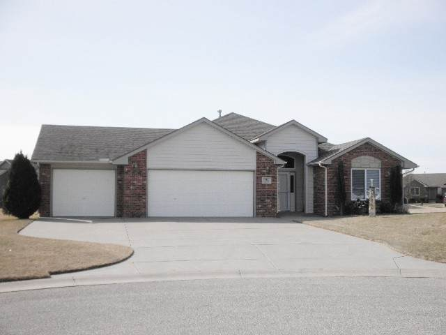 610 Cleek Ct, Winfield, KS 67156 (MLS #579125) :: On The Move