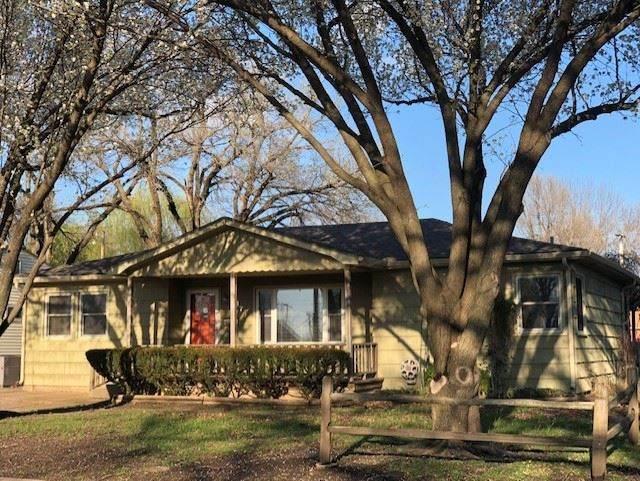 1709 N B St, Wellington, KS 67152 (MLS #579341) :: Lange Real Estate