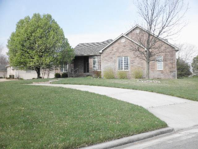 3013 Cabrillo Dr, Winfield, KS 67156 (MLS #579478) :: Lange Real Estate