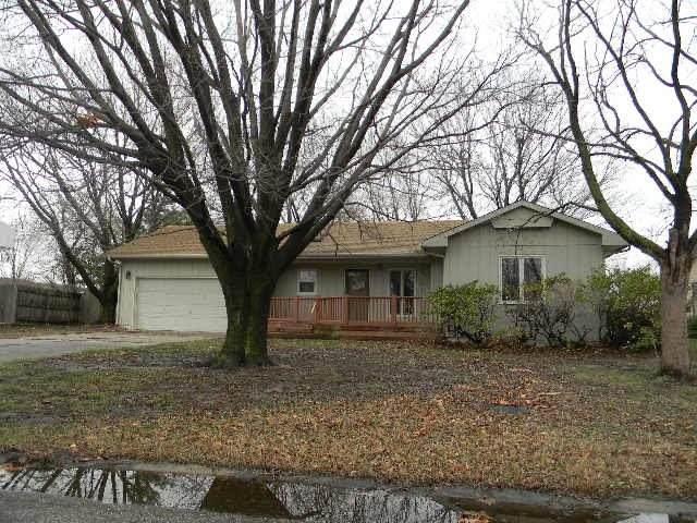 2808 Goldenrod Rd, North Newton, KS 67117 (MLS #579598) :: Lange Real Estate