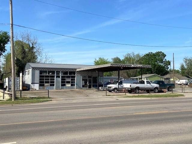 1600 W Central Ave, El Dorado, KS 67042 (MLS #581417) :: On The Move