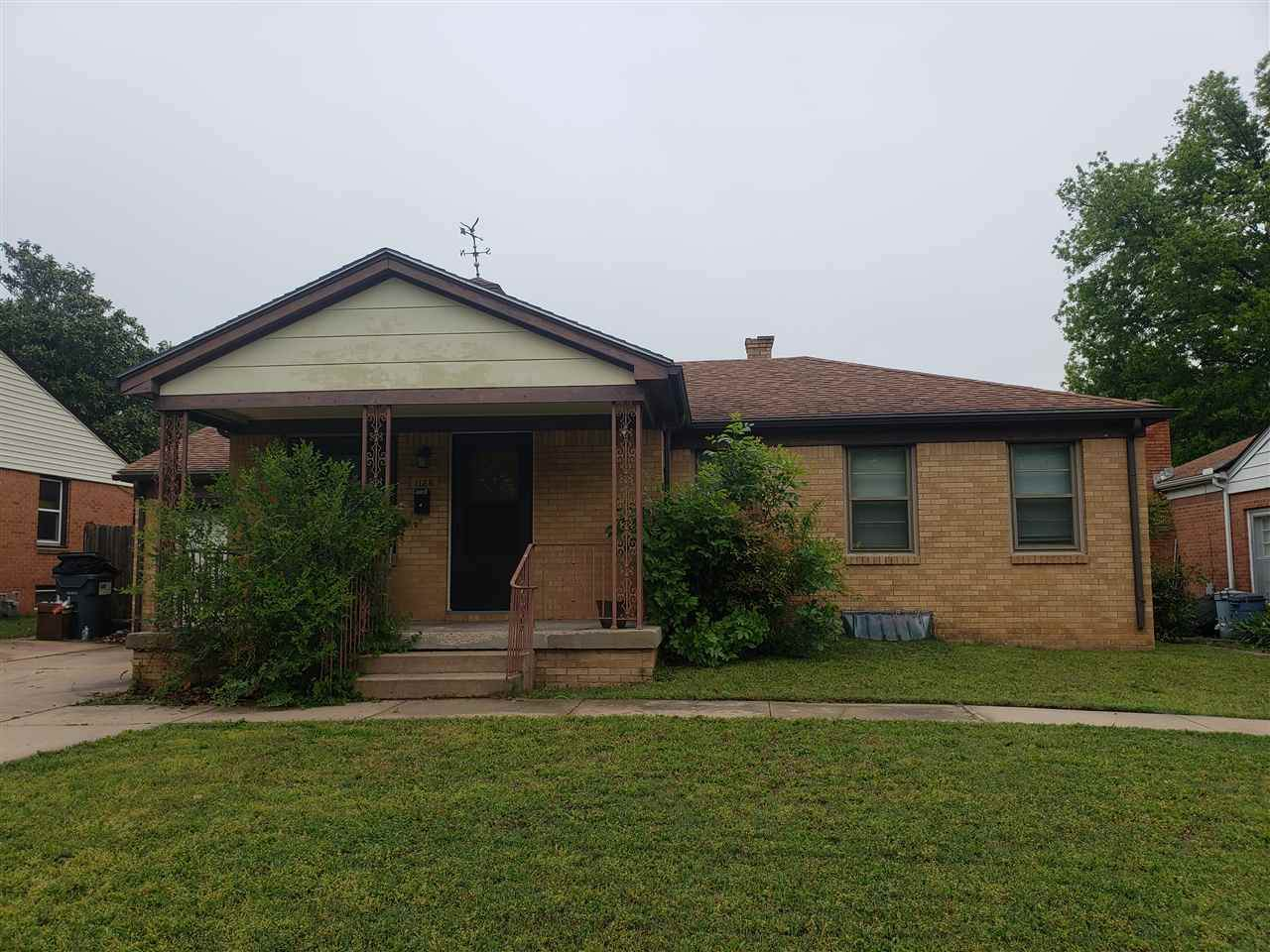 1126 Inverness Dr - Photo 1
