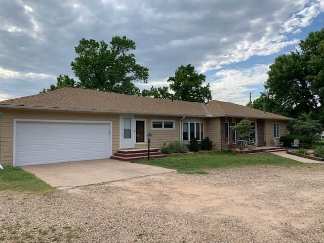 1103 E 12th St, Harper, KS 67058 (MLS #581620) :: Lange Real Estate