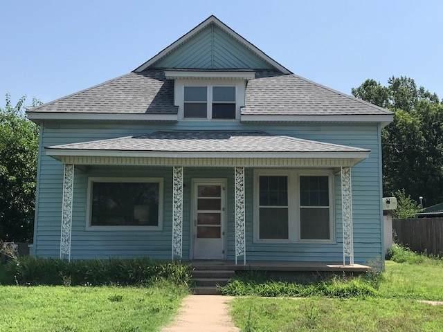 510 N Blaine, Attica, KS 67009 (MLS #583666) :: Kirk Short's Wichita Home Team