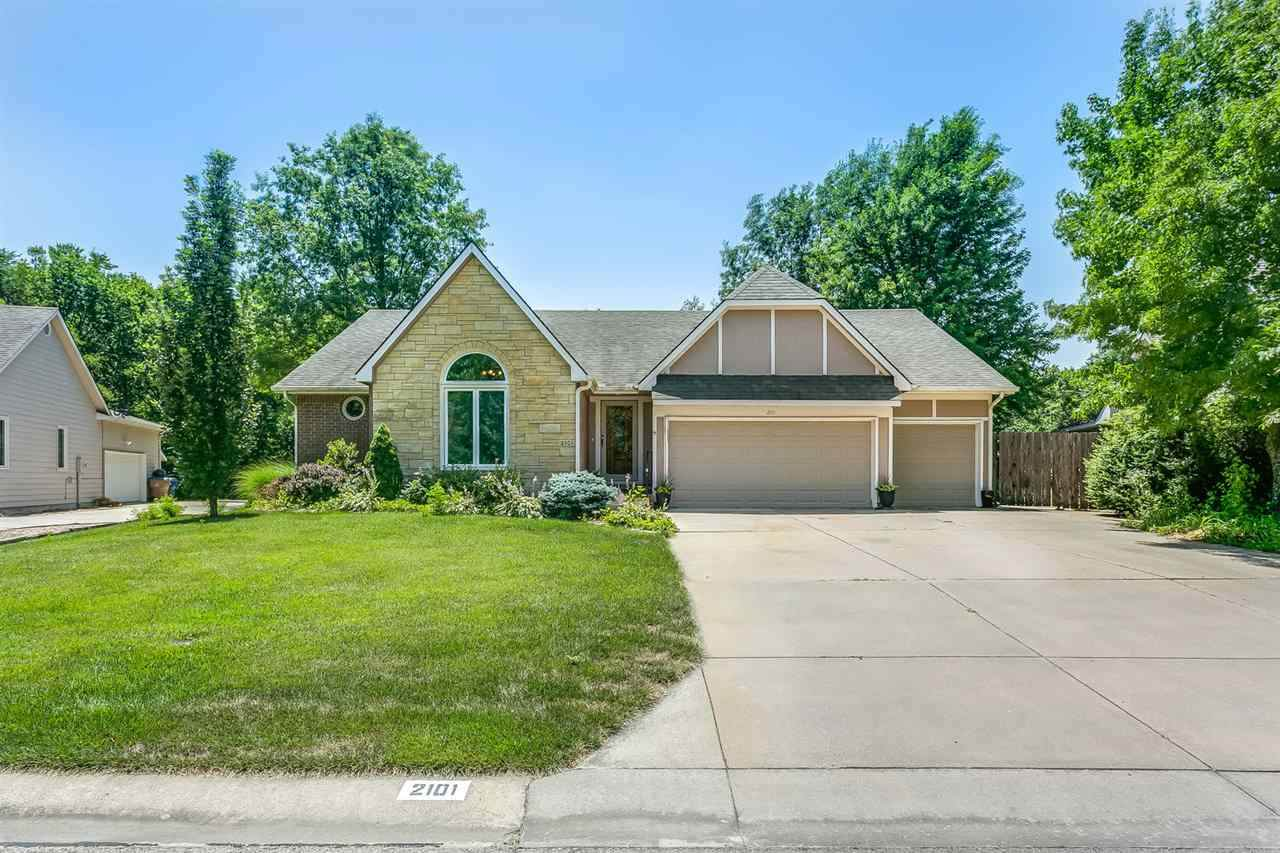 2101 Countryview Dr - Photo 1