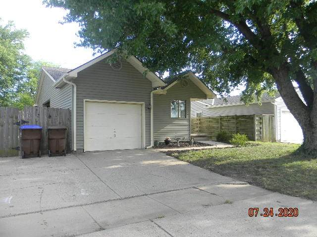 907 E Idlewild, Wichita, KS 67216 (MLS #584281) :: Graham Realtors