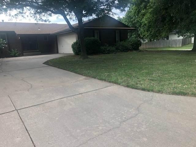 1200 N Sandplum Ln, Wichita, KS 67212 (MLS #585097) :: Kirk Short's Wichita Home Team