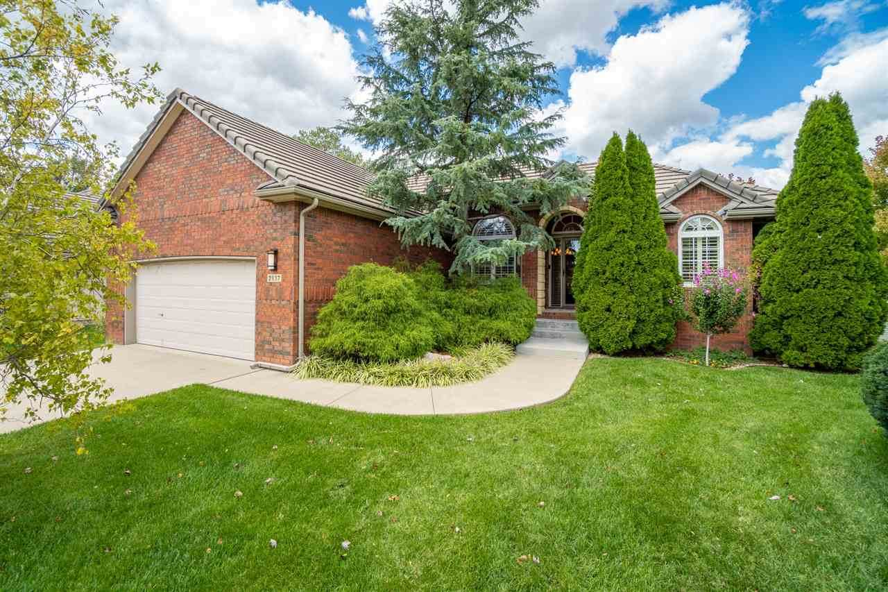2837 Plumthicket Circle - Photo 1