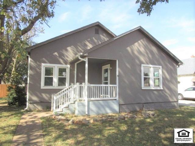 515 S 6th St, Kiowa, KS 67070 (MLS #588339) :: Graham Realtors
