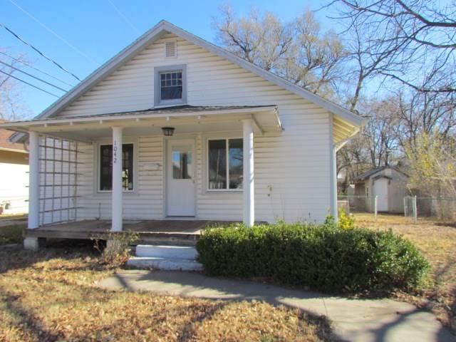 1042 N Dearborn, Augusta, KS 67010 (MLS #589367) :: Preister and Partners | Keller Williams Hometown Partners
