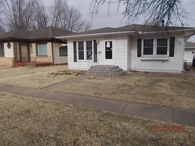 608 Drumm, Kiowa, KS 67070 (MLS #591760) :: Keller Williams Hometown Partners