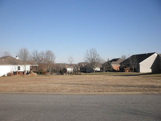607 Quail Nest Rd, Winfield, KS 67156 (MLS #592871) :: The Boulevard Group