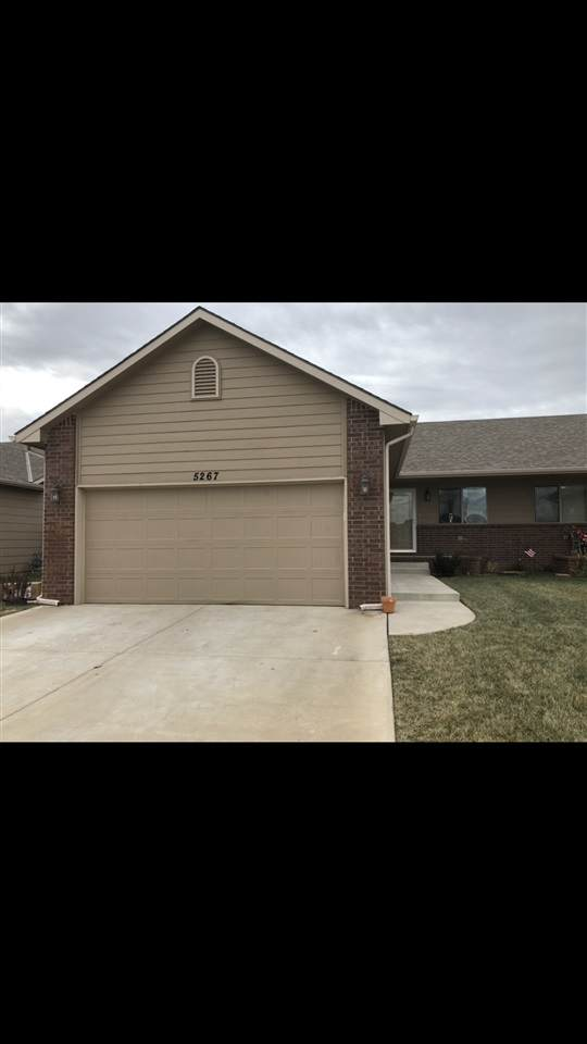 5267 N Lycee Cir #5269, Bel Aire, KS 67226 (MLS #594401) :: Keller Williams Hometown Partners