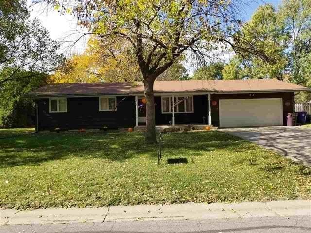 552 Park Pl, Moundridge, KS 67107 (MLS #594782) :: Pinnacle Realty Group