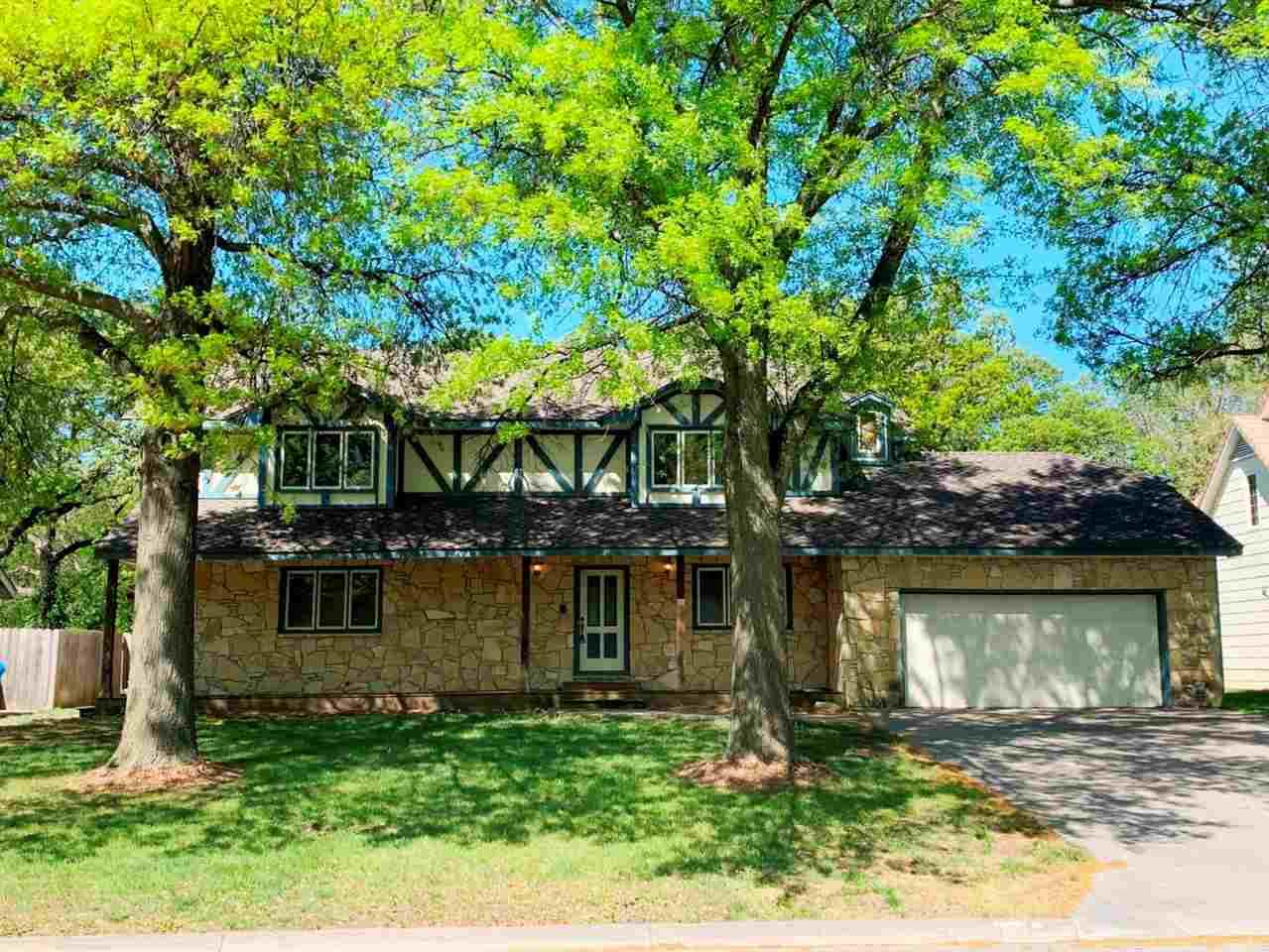 301 Brook Forest Rd - Photo 1