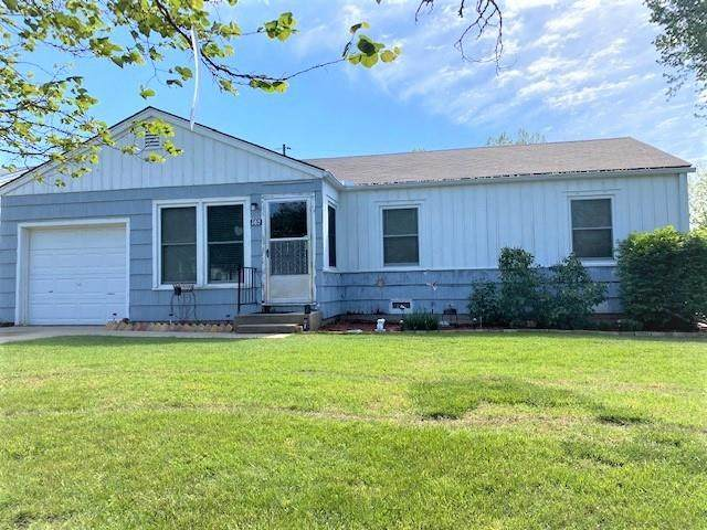 502 N Jones St, El Dorado, KS 67042 (MLS #595755) :: The Boulevard Group