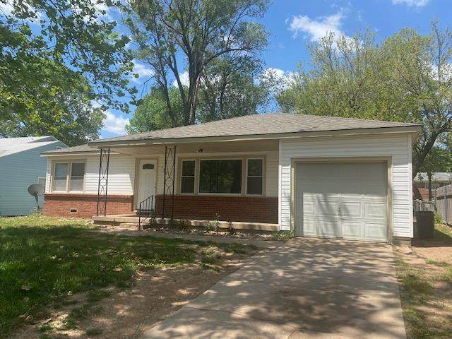 139 Stearns Ave, Haysville, KS 67060 (MLS #596105) :: The Boulevard Group
