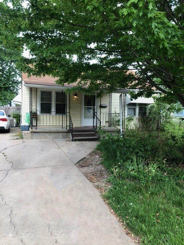 730 S Pinecrest St, Wichita, KS 67218 (MLS #596166) :: Pinnacle Realty Group