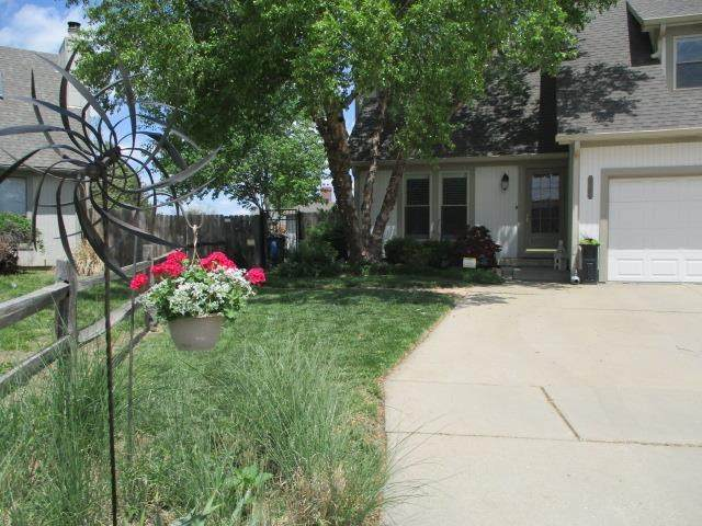 8940 E Funston Ct, Wichita, KS 67207 (MLS #596284) :: The Boulevard Group