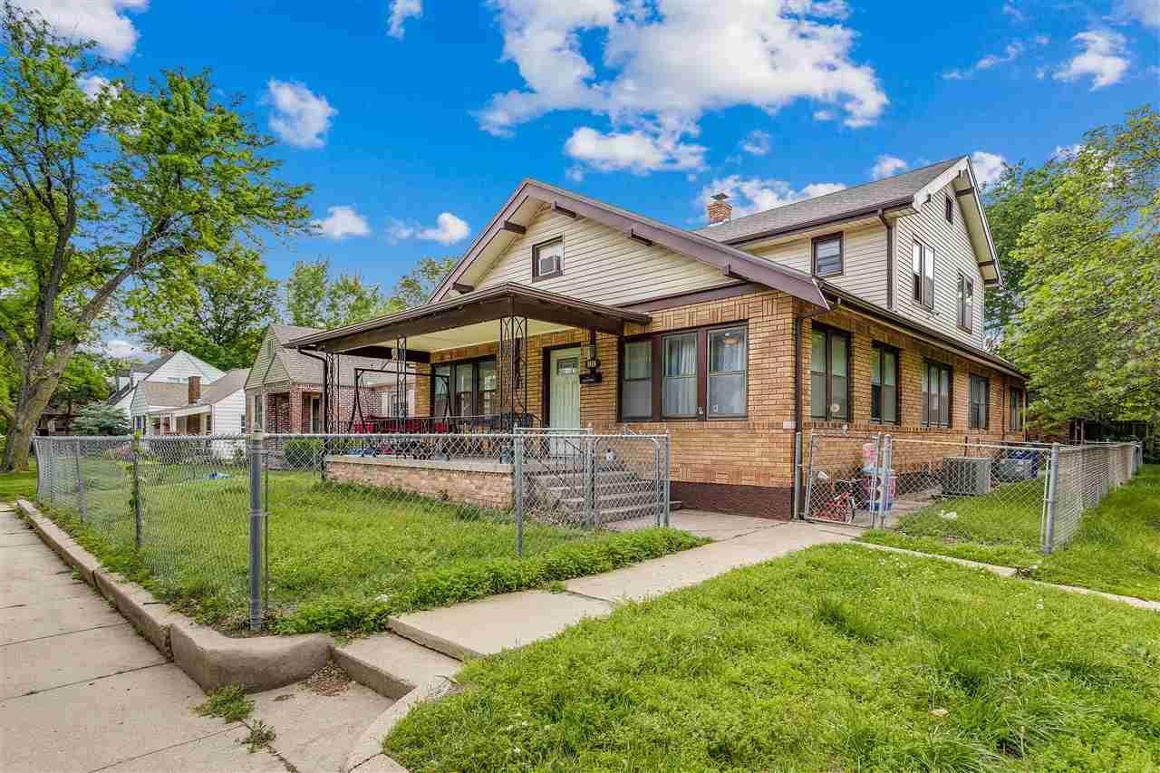 1459 Woodland Ave - Photo 1